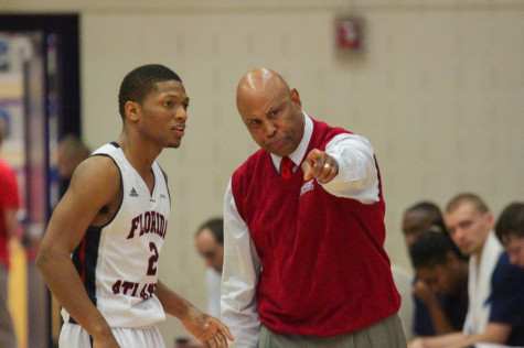 Head basketball coach Mike Jarvis to resign at season's end