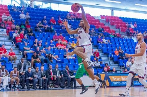 FAU shakes slow start to pull out win against Ave Maria 54-43