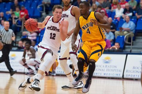 FAU Men's Basketball Beats Warner 74-49