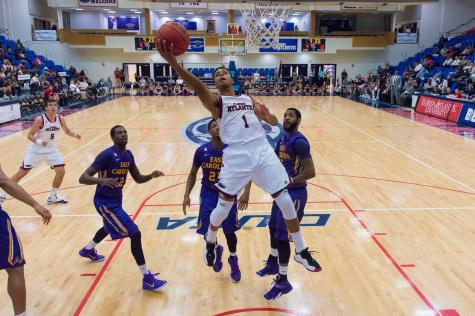 Owls win 72-63 over East Carolina behind hot shooting from Justin Massey