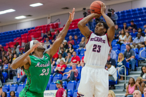 FAU erases early deficit, beats Marshall 76-62
