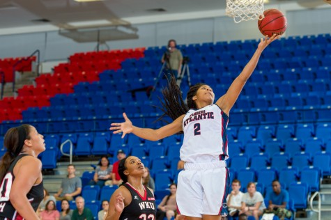 [Story and Gallery] Women's Basketball: Owls unable to close out the game lose against WKU, lose 85-74