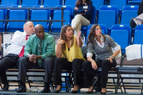 Women's Basketball to play three tournaments in 2015-16 schedule