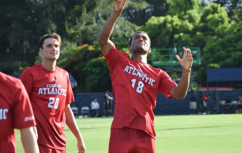 Men's Soccer: Owls come up short versus South Carolina in 2-1 loss