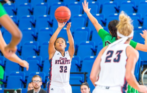 Women's basketball: FAU can't hold onto halftime lead in loss to Florida International