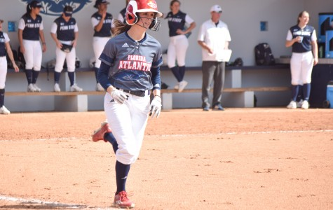 Softball: Owls start conference play with series sweep over Middle Tennessee