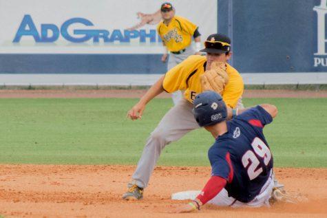 Baseball: Owls sweep Western Kentucky in final regular season series
