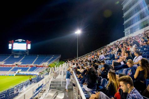Third presidential debate shown at FAU Stadium