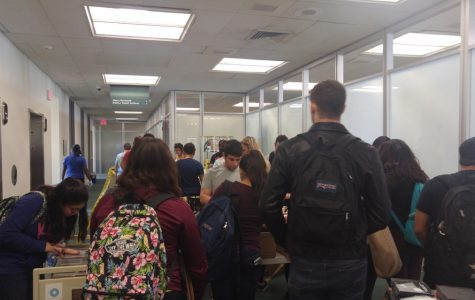 Students come for final free vinyl giveaway in Wimberly Library