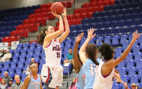 Women's basketball preview: FAU heads to Texas for its last road trip of the season