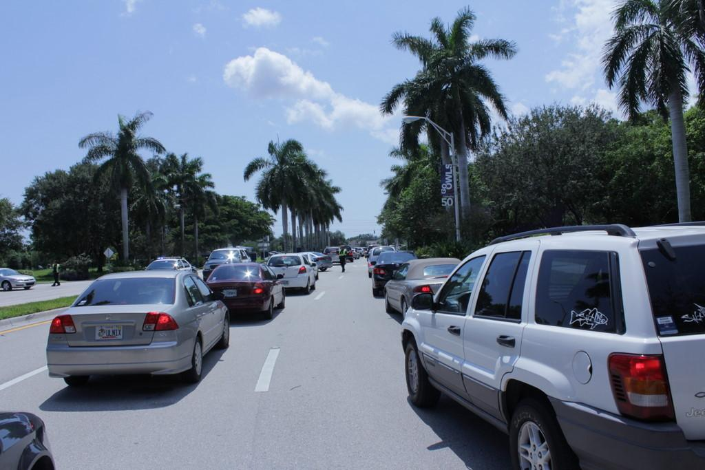 Broward Avenue was backed up as far as the Student Union around 1 p.m. on Wednesday, Sept. 14, after a car accident caused police to shut down an FAU exit and part of Glades Road. Photo by Allison Nielsen.
