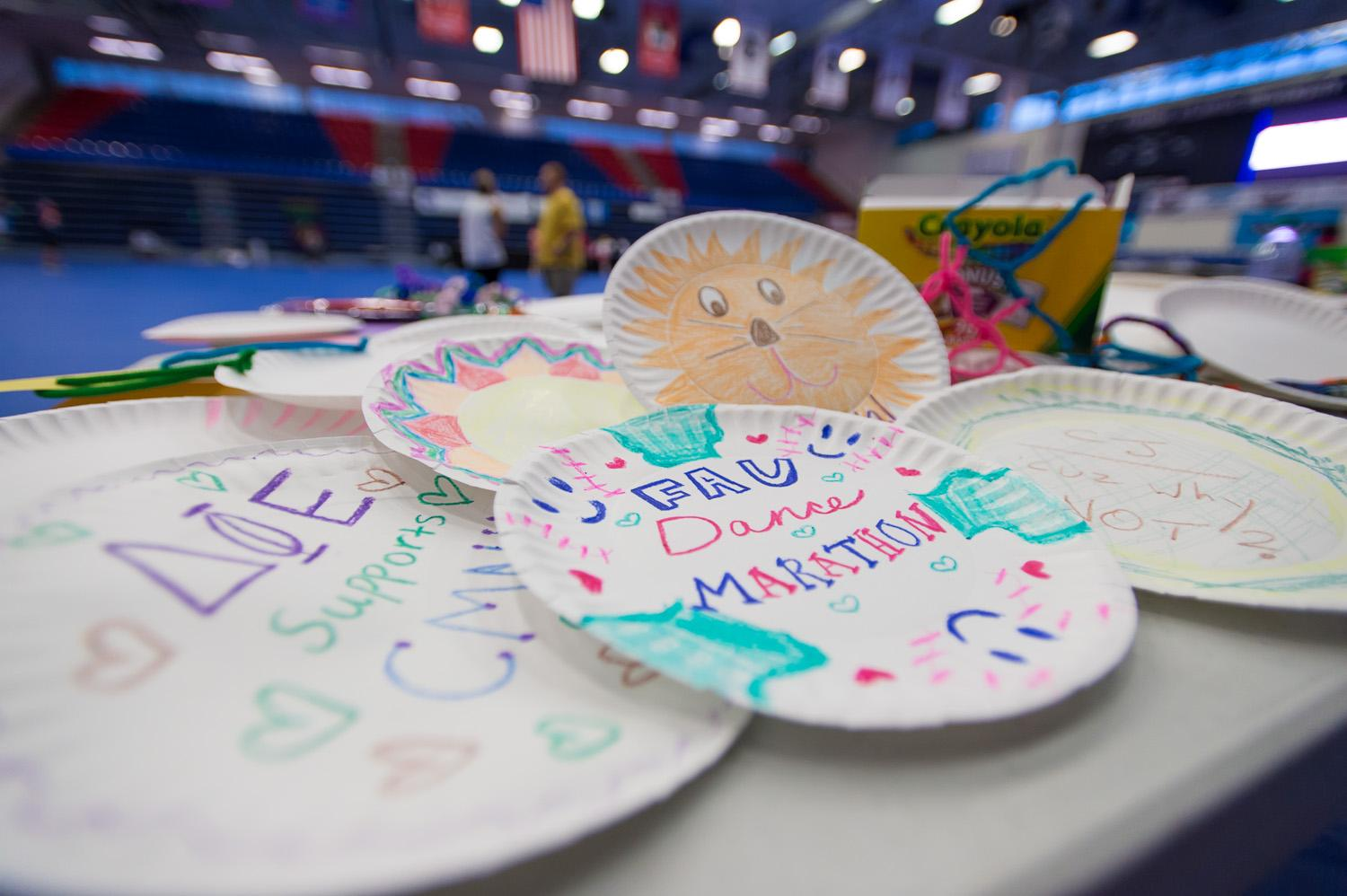 %5BMax+Jackson++%7C++Photo+Editor%5D++++++++++++++++Paper+plates+were+decorated+and+used+for+arts+and+crafts.++One+of+the+many+side+activities+students+could+take+part+in+at+the+Dance+Marathon.