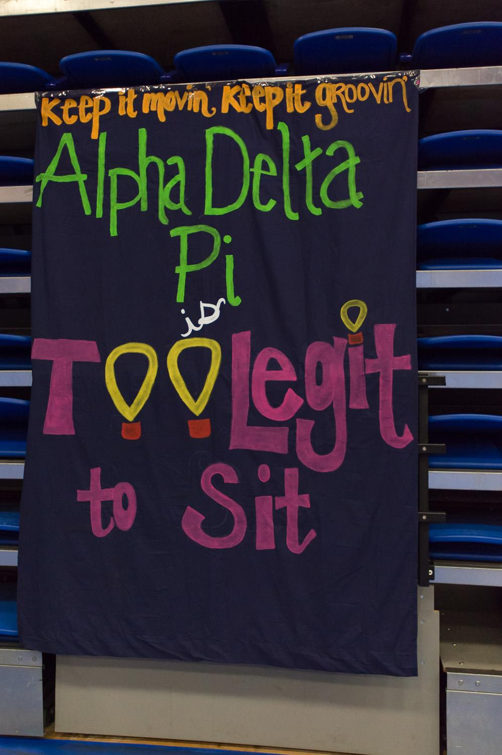 %5BMax+Jackson++%7C++Photo+Editor%5D+++++++++++++++Fraternities+and+sororities%2C+like+Alpha+Delta+Pi%2C+showed+support+for+the+dance+by+donating+money+and+reminding+students+of+the+Dance+Marathon+Motto%3A+%22Too+legit+to+sit.%22