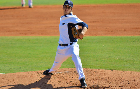 FAU Baseball blown out on Sunday, fails to sweep Charlotte series