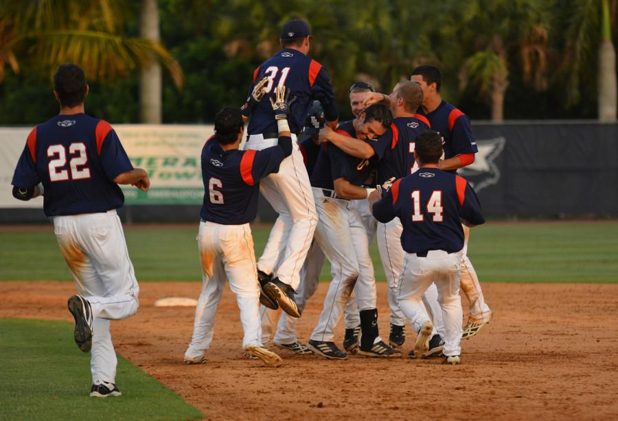 In Photos: Despite winning series versus UAB, FAU Baseball still out of 2014 C-USA Tournament