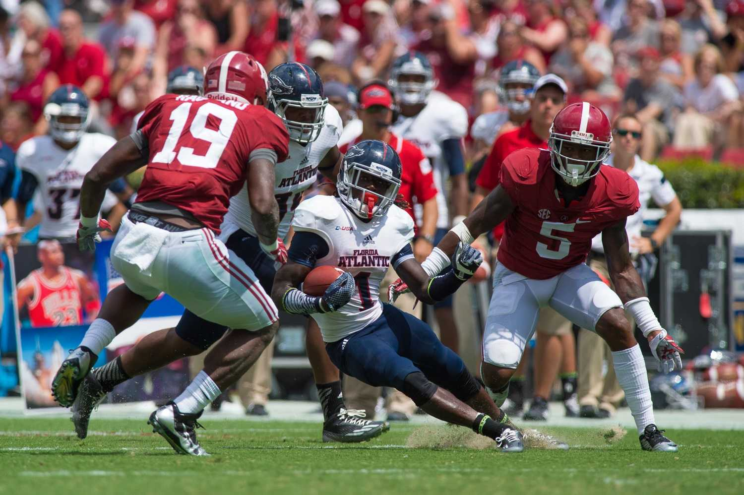 Max | Jackson Receiver Lucky Whitehead led the team with 42 yards against Alabama. He is only Owl to have scored a touchdown this season.