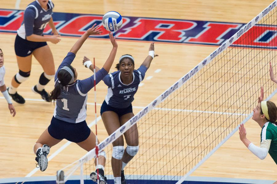 University Of Kentucky Athletics October An Exciting: Gallery: FAU Women's Volleyball V. UAB & Western Kentucky