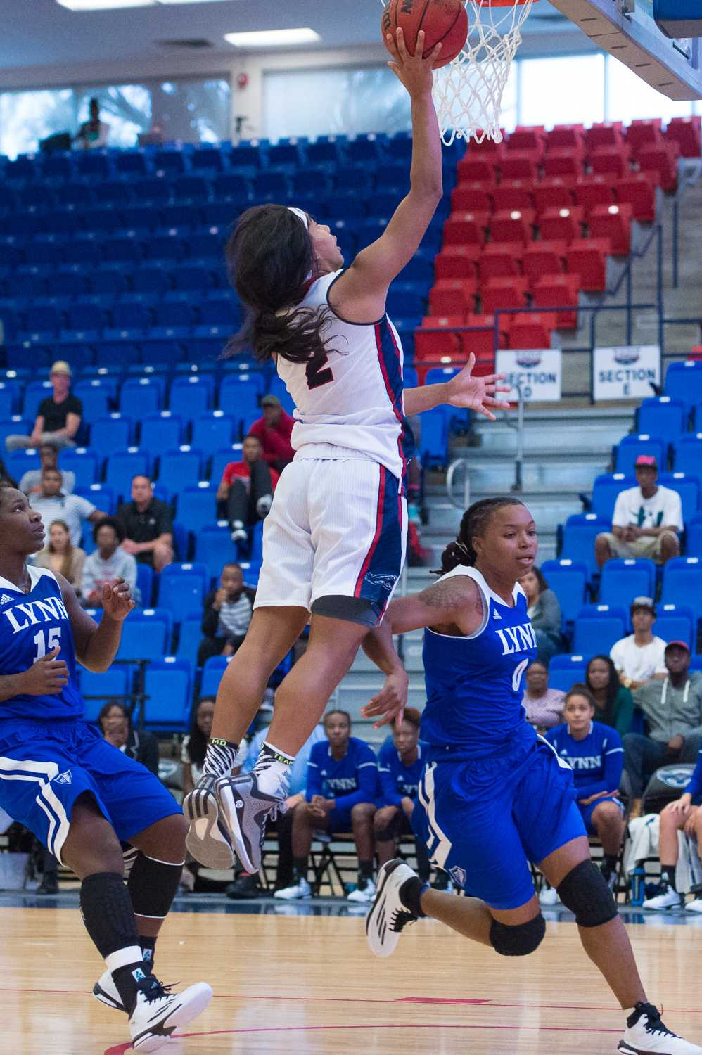FAU guard Shaneese Bailey attempts a layup in the first half. Bailey scored 22 total points on the night.