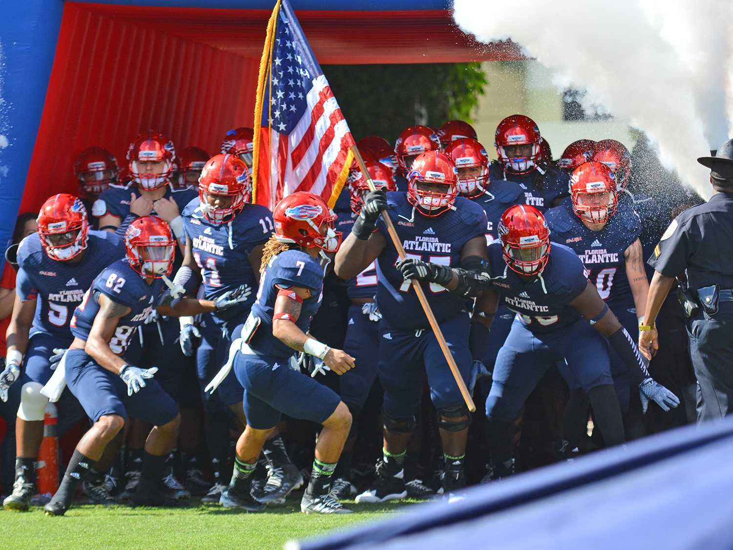 The Owls takes the field for their last game of the season. FAU finished the 2014 season with a 3-9 record after the 31-28 loss against Old Dominion.