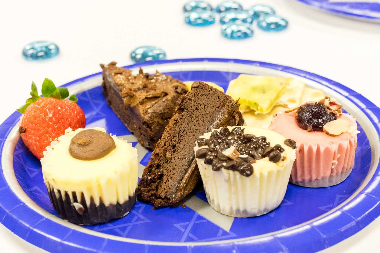 Sweets and fruits were served at the speech event. [ Mohammed F Emran | Web Editor ]