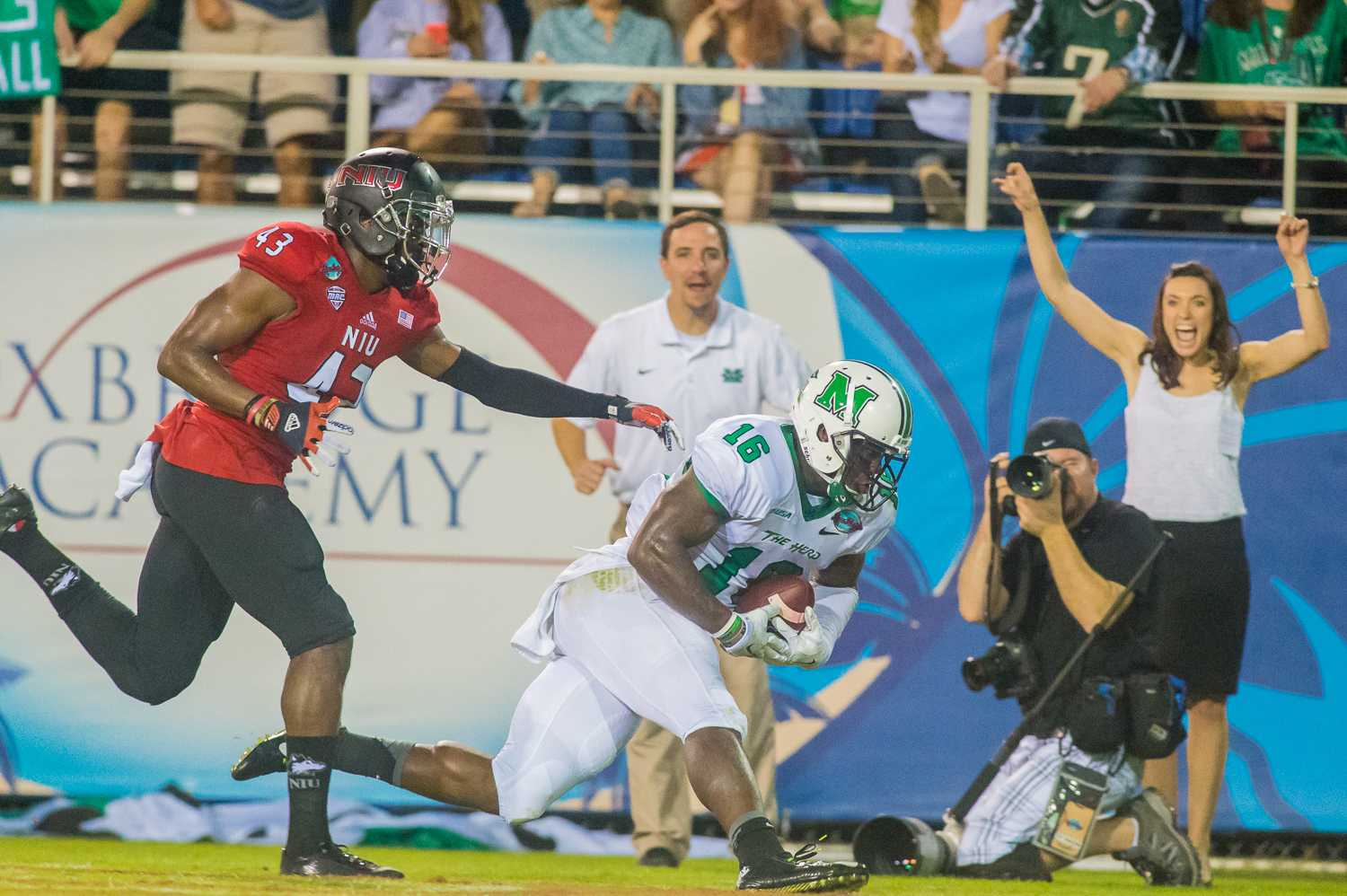 Deon-Tay McManus (16) of the Marshall Thundering Herd runs into the endzone after receiving a 27-yard pass from Rakeem Cato.