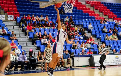 FAU wins third Conference USA game of the year against rival FIU, 77-63