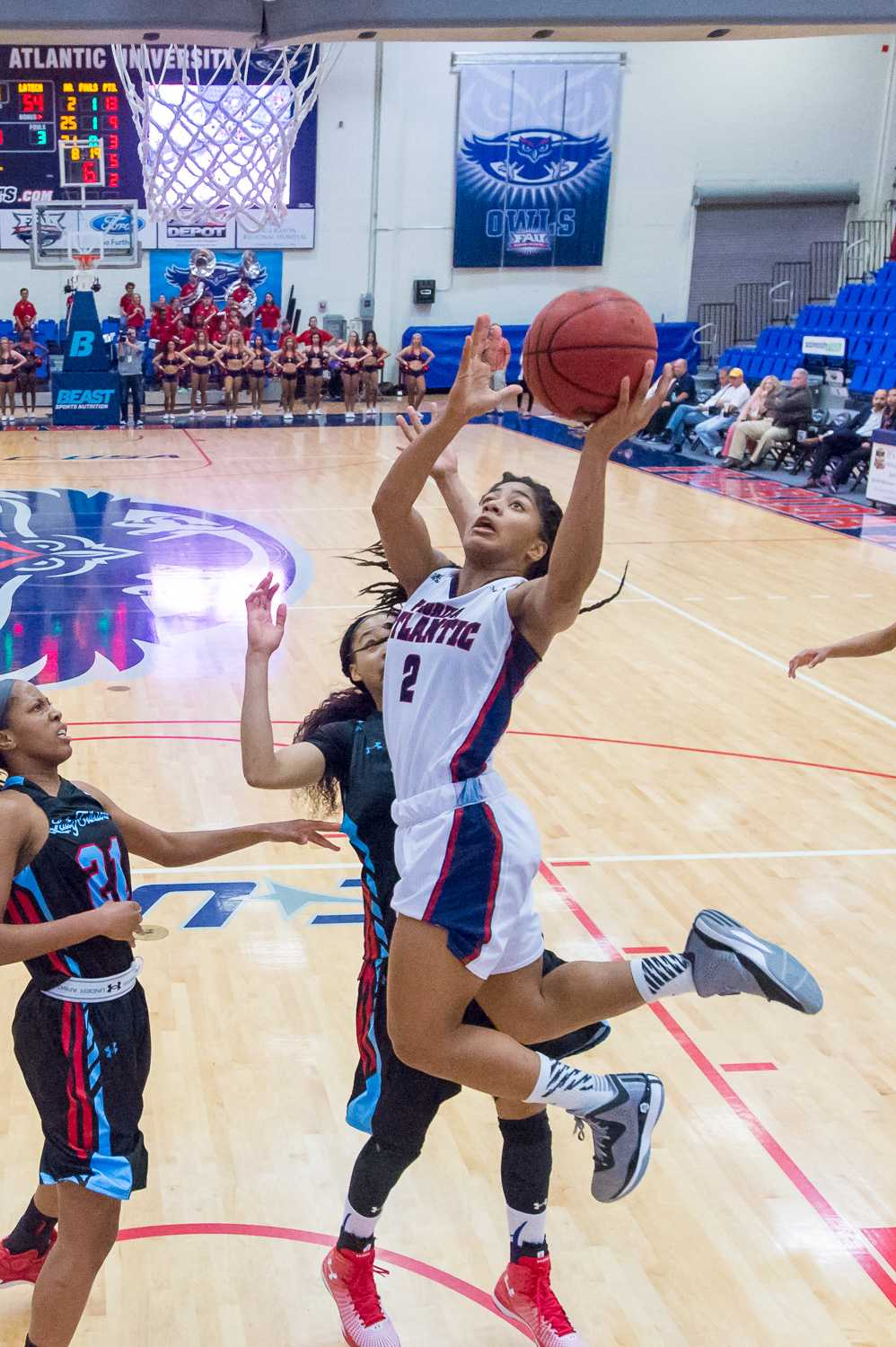 Bailey (2) goes up for a jumpshot in the second half against the Lady Techsters.