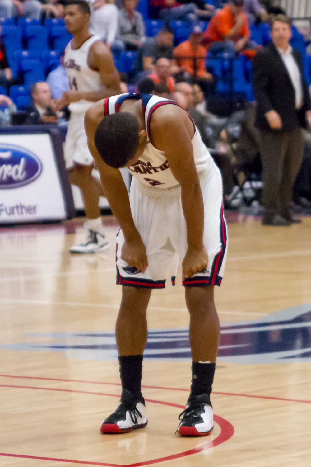 A fatigued Botley takes a breather. He played 35 of a possible 40 minutes in the loss to UTEP on Feb. 5.