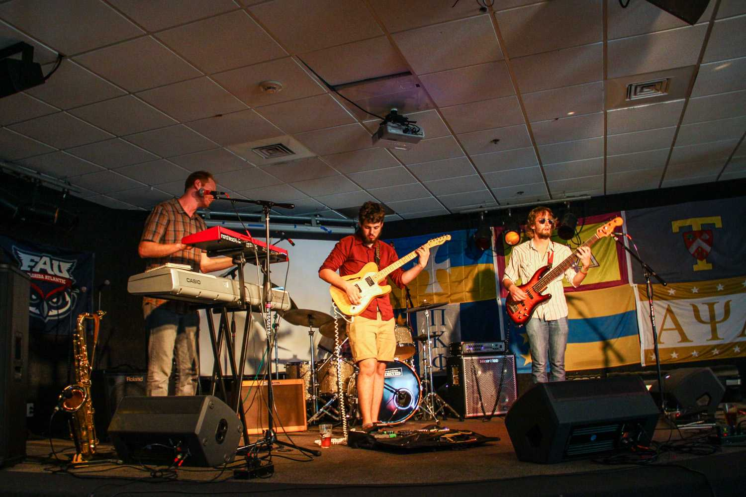 """Fuzzhound performs their song """"Nothing"""". Members include: Dave Pohly on bass guitar, Jordan Duke on keyboard and saxaphone, Austin Erblat on drums, and Jake Stuart on electric guitar.  Jasmine Garvey 