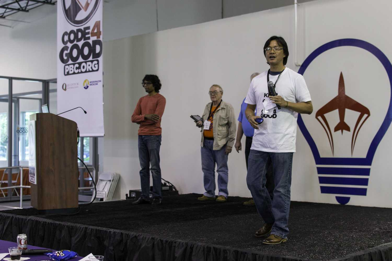 """LZ Zhang speaks on behalf of the second place winners """"FoodsharePBC"""". Photo by Alexis Hayward 
