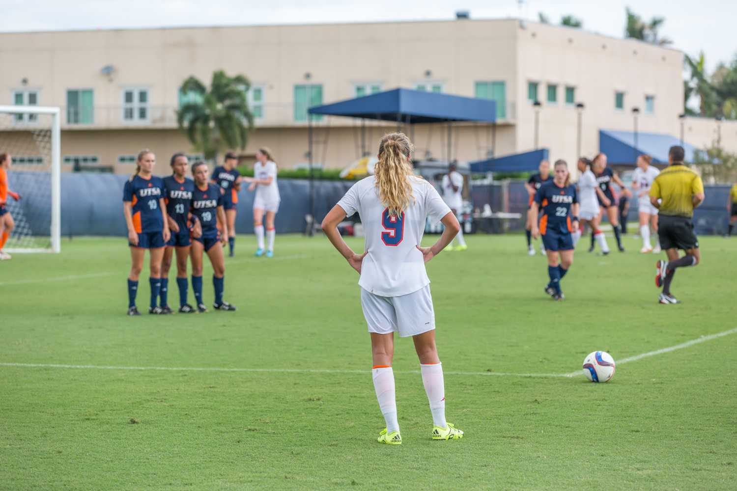 Senior midfielder Claire Emslie (9) waits for the whistle to take her free kick from outside the box during the Owls game versus UTSA on Sept. 27. Emslie tied the program record for goals scored with two scores this weekend, pushing her career total to 28. Brandon Harrington | Photo Editor
