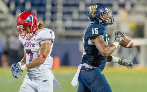 FAU will face FIU in this year's Homecoming game. Despite currently having a losing record, FAU looks to turn its season around. Max Jackson | Staff Photographer