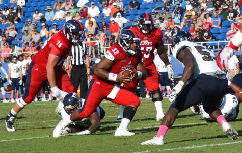 Football: Missed chances result in 35-19 loss at Western Kentucky