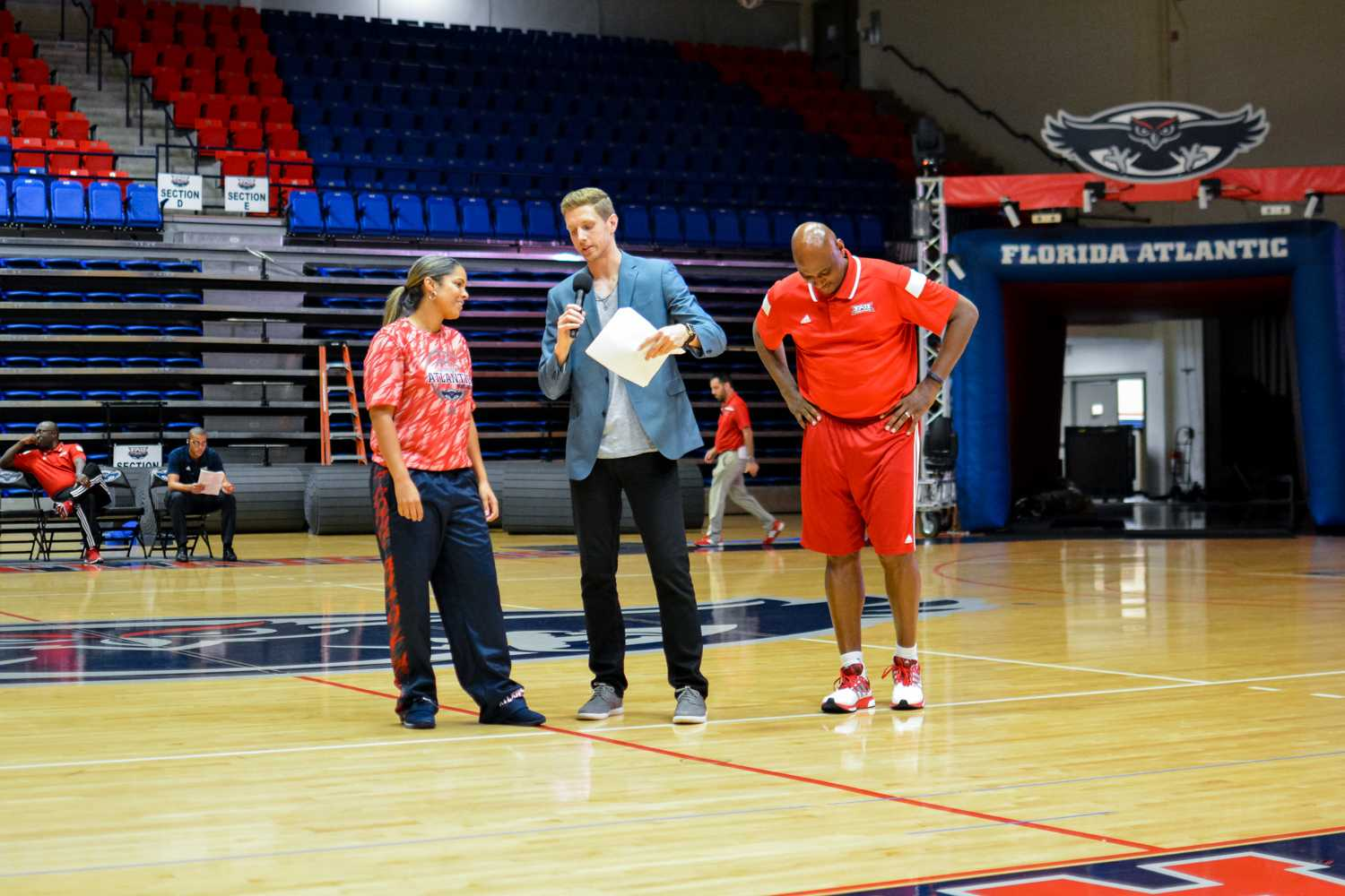 Aaron Shapiro asks Women's Basketball head coach Kellie Lewis Jay and Men's Basketball head coach Michael Curry questions about the upcoming season. Emily Creighton | Features Editor