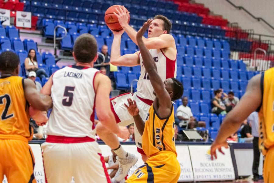 Gallery: FAU v. Warner Mens Basketball