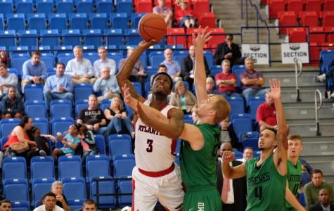 Men's Basketball: Jesse Hill has career game as Owls defeat Ave Maria 72-59