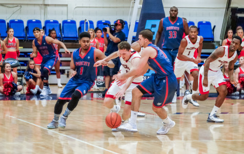 Men's Basketball: Owls' Losing Ways Continue in First Game Without Turman