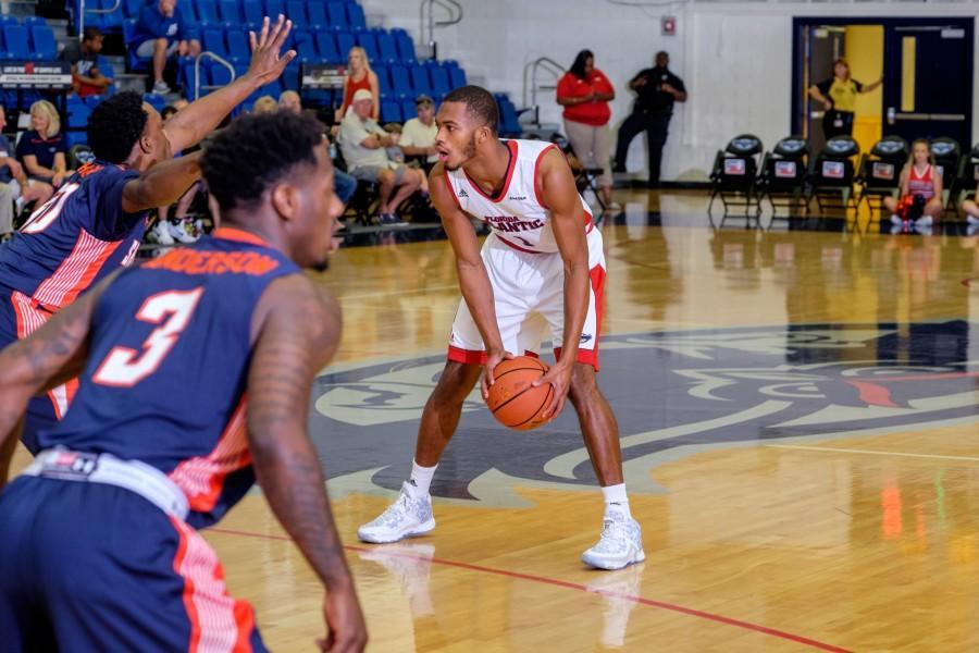 UPWEB_ Men's Basketball vs UT-Martin_ Mohammed F Emran-6156