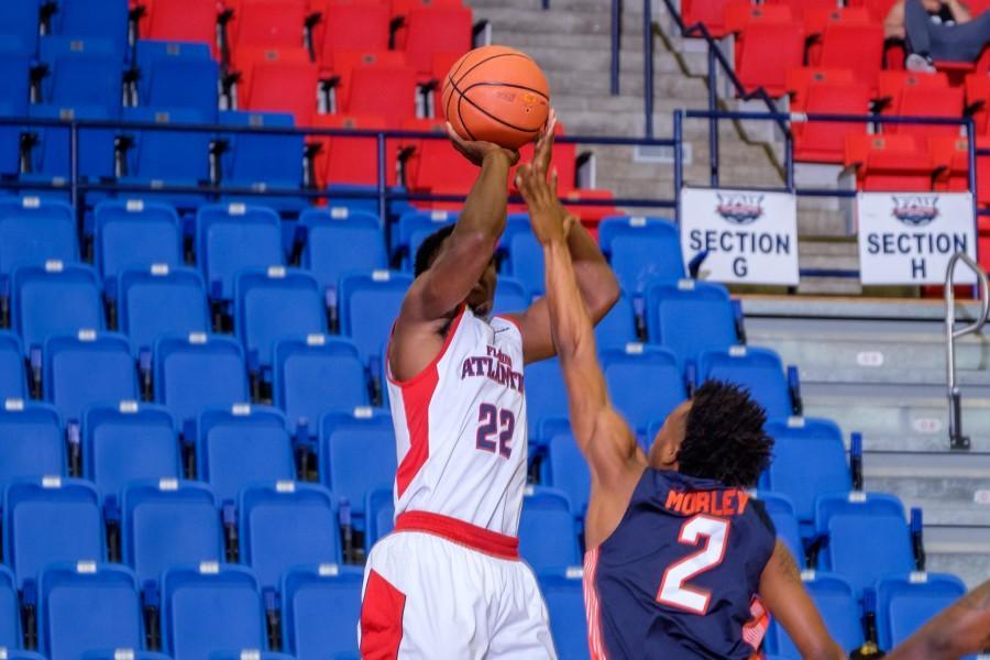 UPWEB_ Men's Basketball vs UT-Martin_ Mohammed F Emran-6169