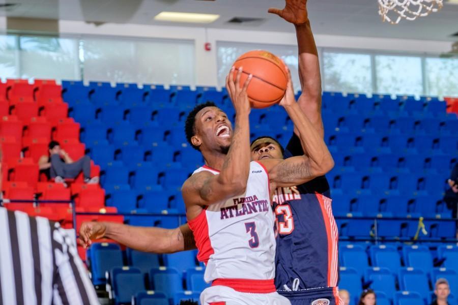 UPWEB_ Men's Basketball vs UT-Martin_ Mohammed F Emran-6174