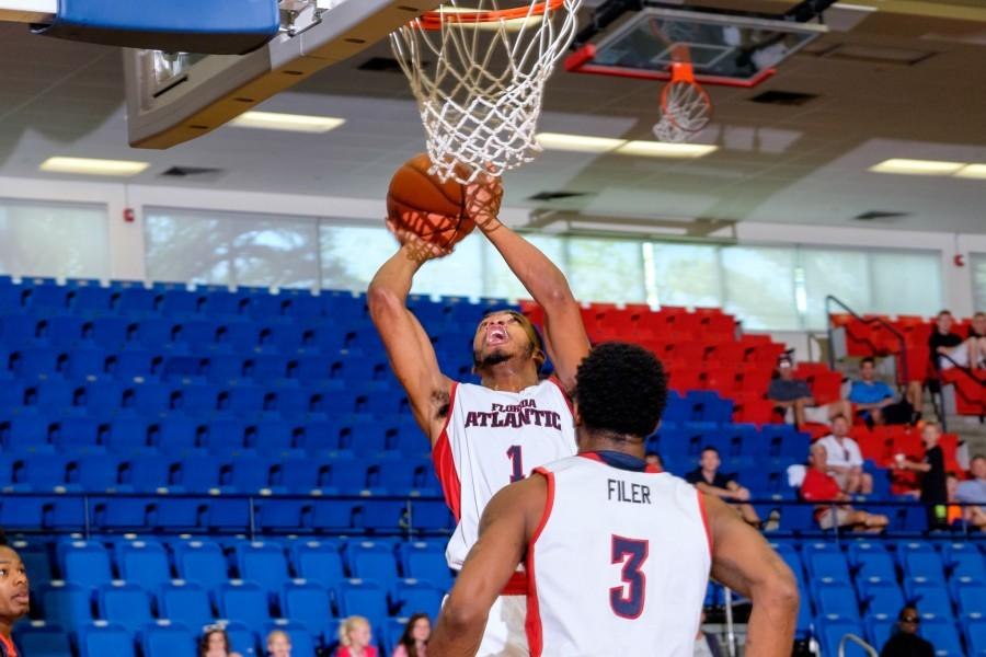 UPWEB_ Men's Basketball vs UT-Martin_ Mohammed F Emran-6182