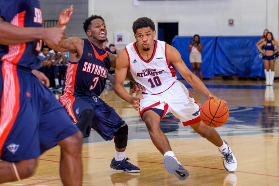 Gallery: Mens Basketball versus UT-Martin
