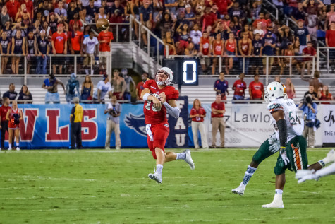 Redshirt freshman quarterback Jason Driskel throws a pass during his first coligate game during the Owls' 44-20 loss versus Miami on Sept. 11. Mohammed Emran | Asst. Creative Driector