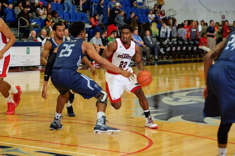 Senior+guard+Solomon+Poole+attempts+to+dribble+past+ODU%27s+Brandan+Stith+during+the+Owls%27+78-66+loss.+Poole+finished+with+14+points.+Mohammed+F.+Emran+%7C+Staff+Photographer