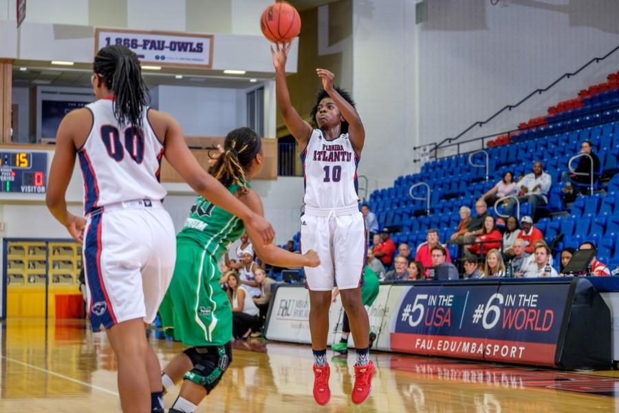 UPWEB_ FAU Women's Basketball vs Marshall_ Mohammed F Emran-6425