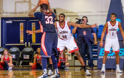 Men's Basketball: Owls fall 86-82 to Western Kentucky in overtime