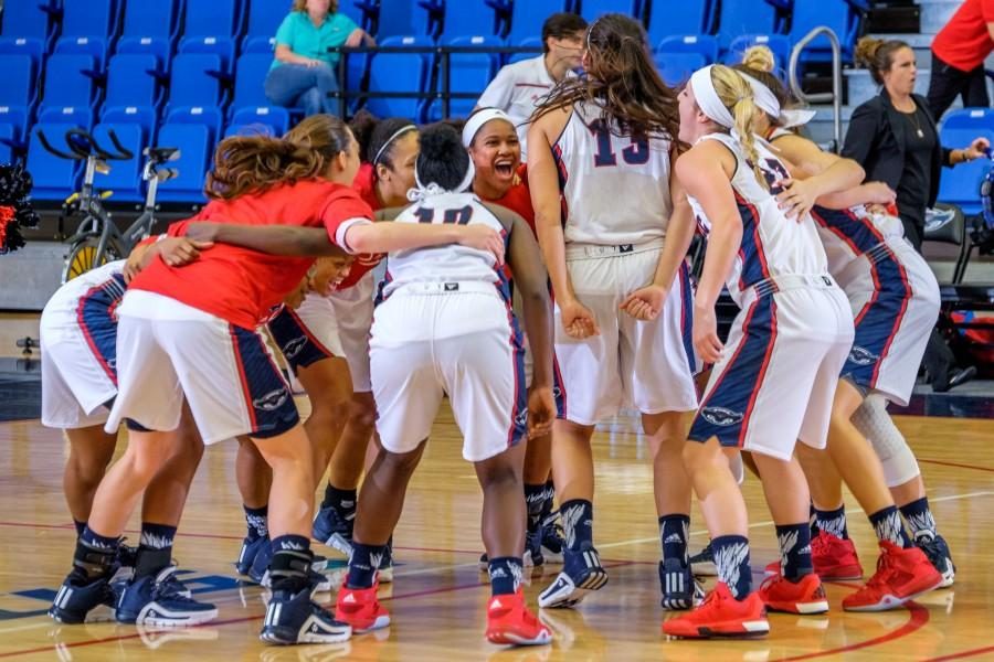 The FAU womens basketball team prepares to take the court before their game on Dec. 29 versus Bethune-Cookman. Mohammed F. Emran | Staff Photographer