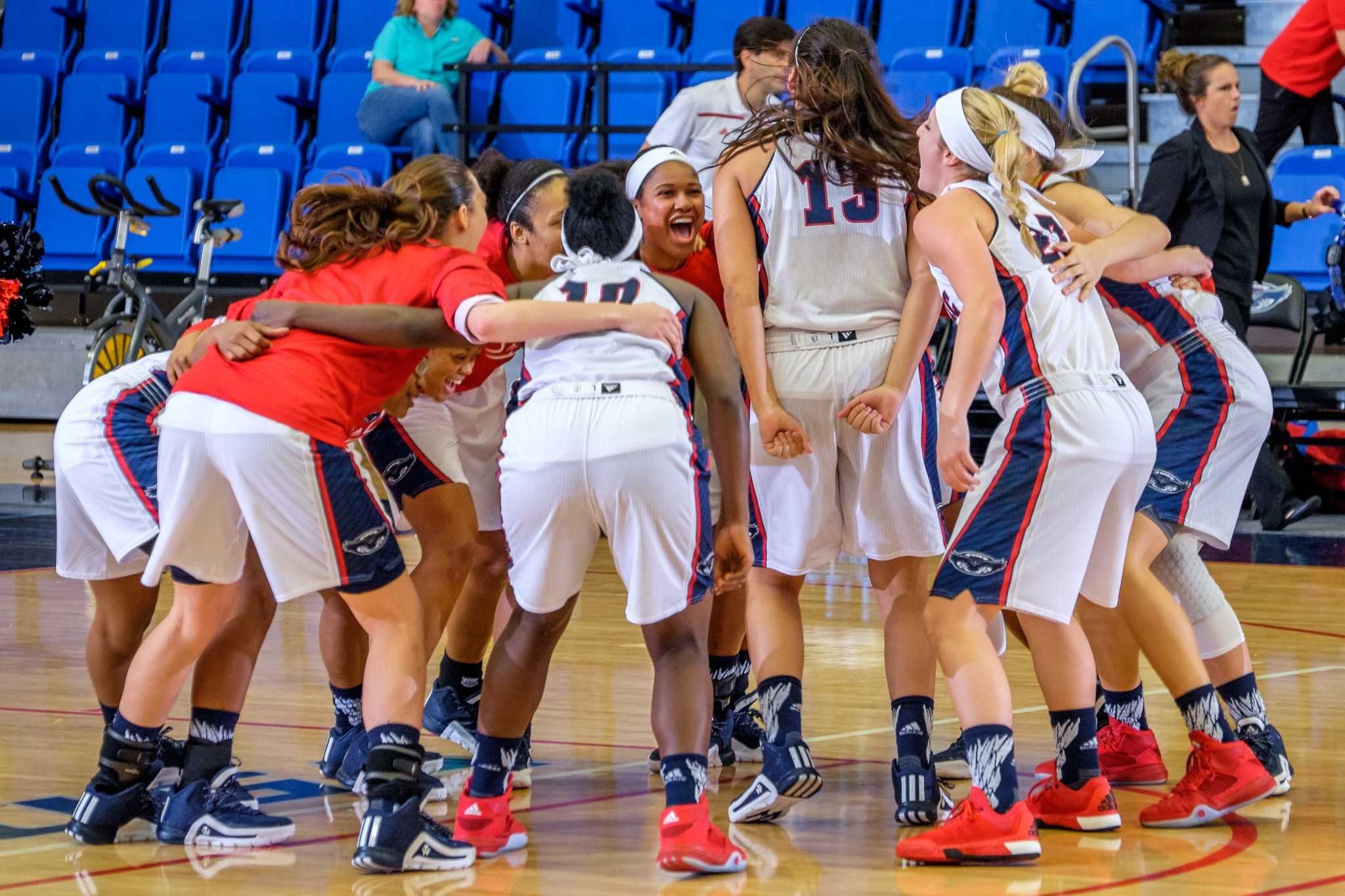 The FAU women's basketball team prepares to take the court before their game on Dec. 29 versus Bethune-Cookman. Mohammed F. Emran | Staff Photographer