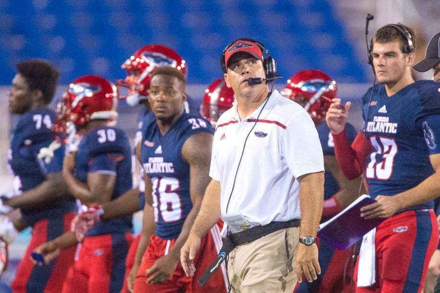 FAU head coach Charlie Partridge looks up at the scoreboard, with 2:44 left in the fourth quarter during his team's 27-­26 loss to Rice on Oct. 10. Max Jackson | Staff Photographer