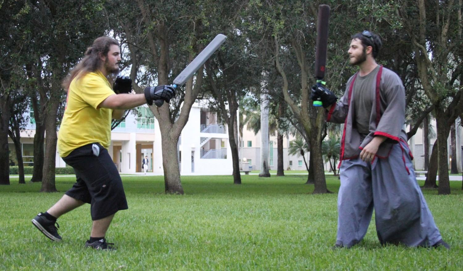 Legal combat on campus with daggers and swords – UNIVERSITY